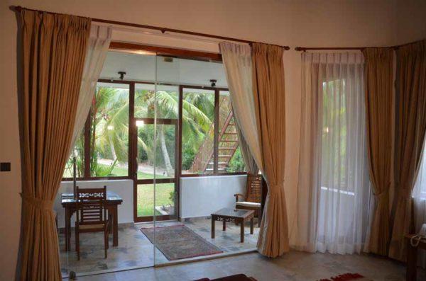 Ayurveda Resort Zimmer mit Veranda Villa Raphael Sri Lanka Bentota